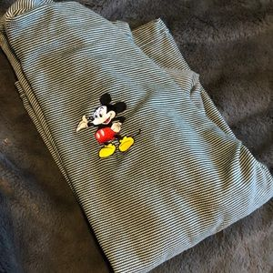 Vintage Embroidered Mickey Mouse Pull Over
